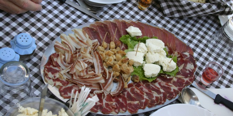 4-May-Borvac-Farm-and-Dinner-Procuite-Ham-and-cheese