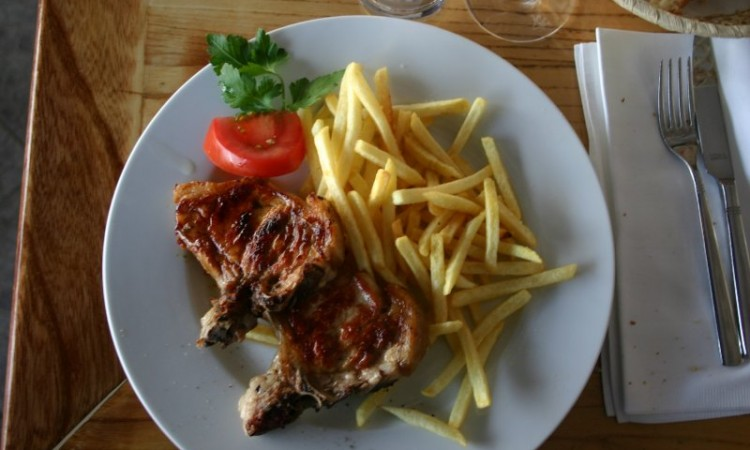 10-may-brac-dinner-at-feral-konoba-dons-veal-cutlets-with-fries
