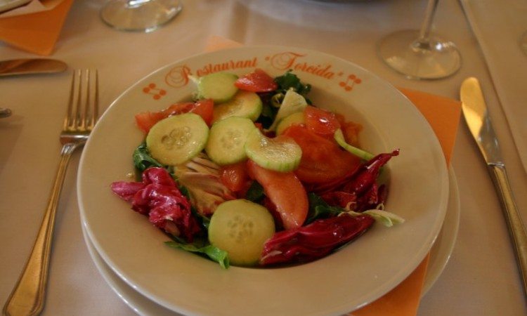 12-may-krka-torcida-our-dinner-stop-salad